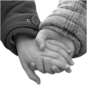 505428_holding_hands.jpg